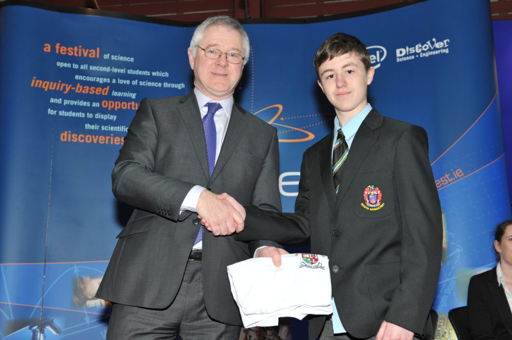 Adam Deane wins an award at Scifest 2013